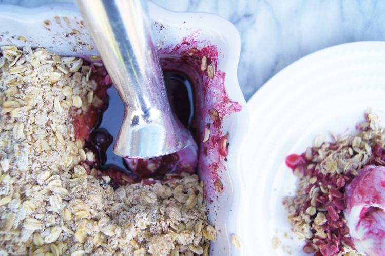 berry crisp dessert