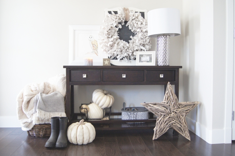 Neutral Fall Foyer Table